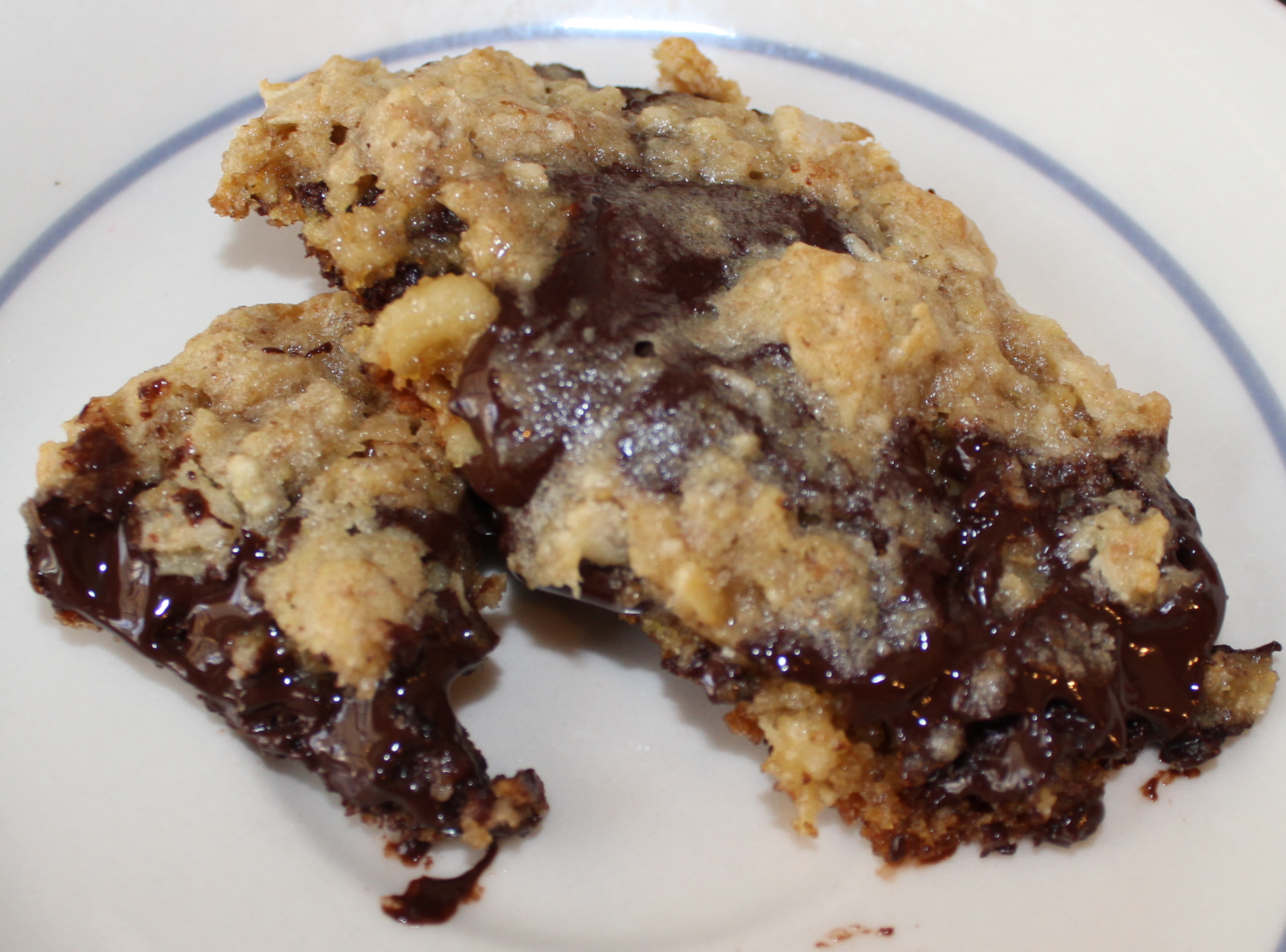 Oozy Chocolate Chip Cookies   Goodbye, New York